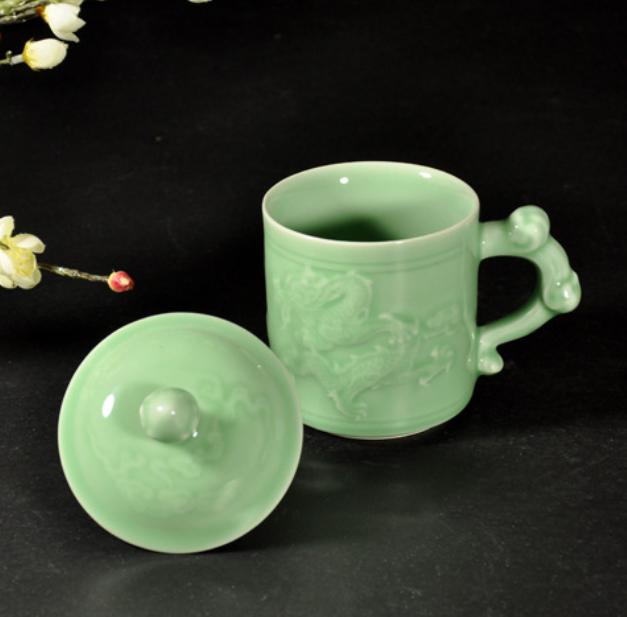 浮雕青瓷陶瓷杯